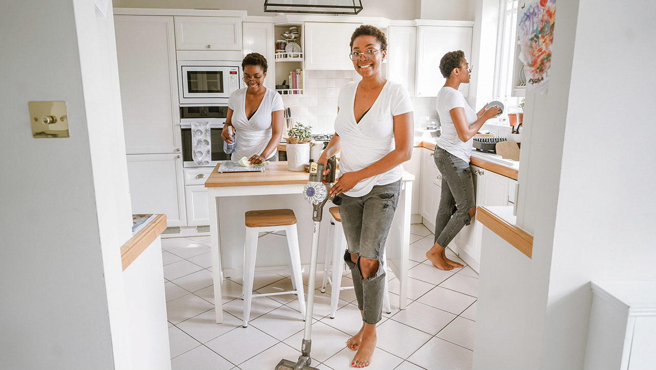Here are some tips that I found really helpful for keeping my home tidy and clean.